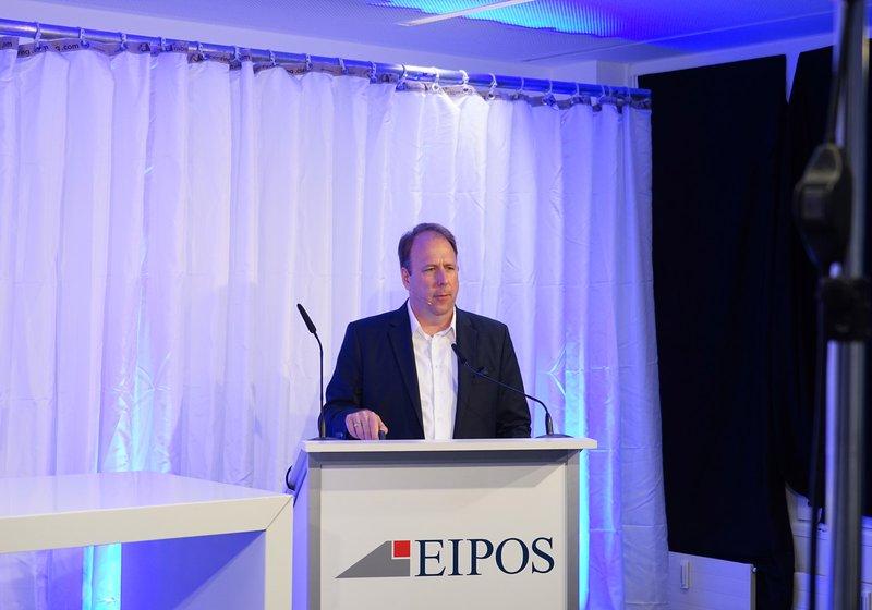 Йорг Балов, управляющий директор инженерного подразделения ATP Berlin, на конференции экспертов по противопожарной безопасности EIPOS 2020 Фото: EIPOS GmbH