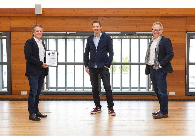 v. l.: Robert Kelca, ATP-Partner in Innsbruck, und die Gesamtprojektleiter Stefan Köll und Hans Kotek freuen sich über die Auszeichnung. Foto: ATP/Rauschmeir