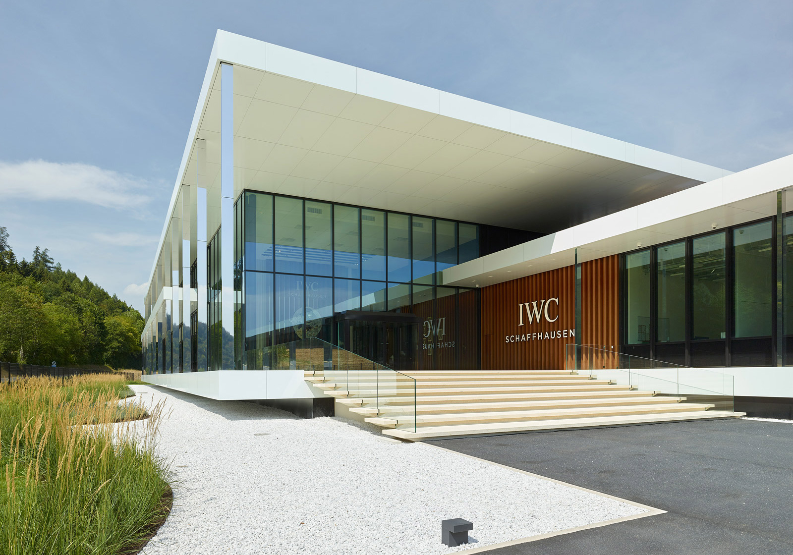 Integrally designed with BIM: The IWC Manufacturing Center in Schaffhausen. Photo: ATP/Jantscher