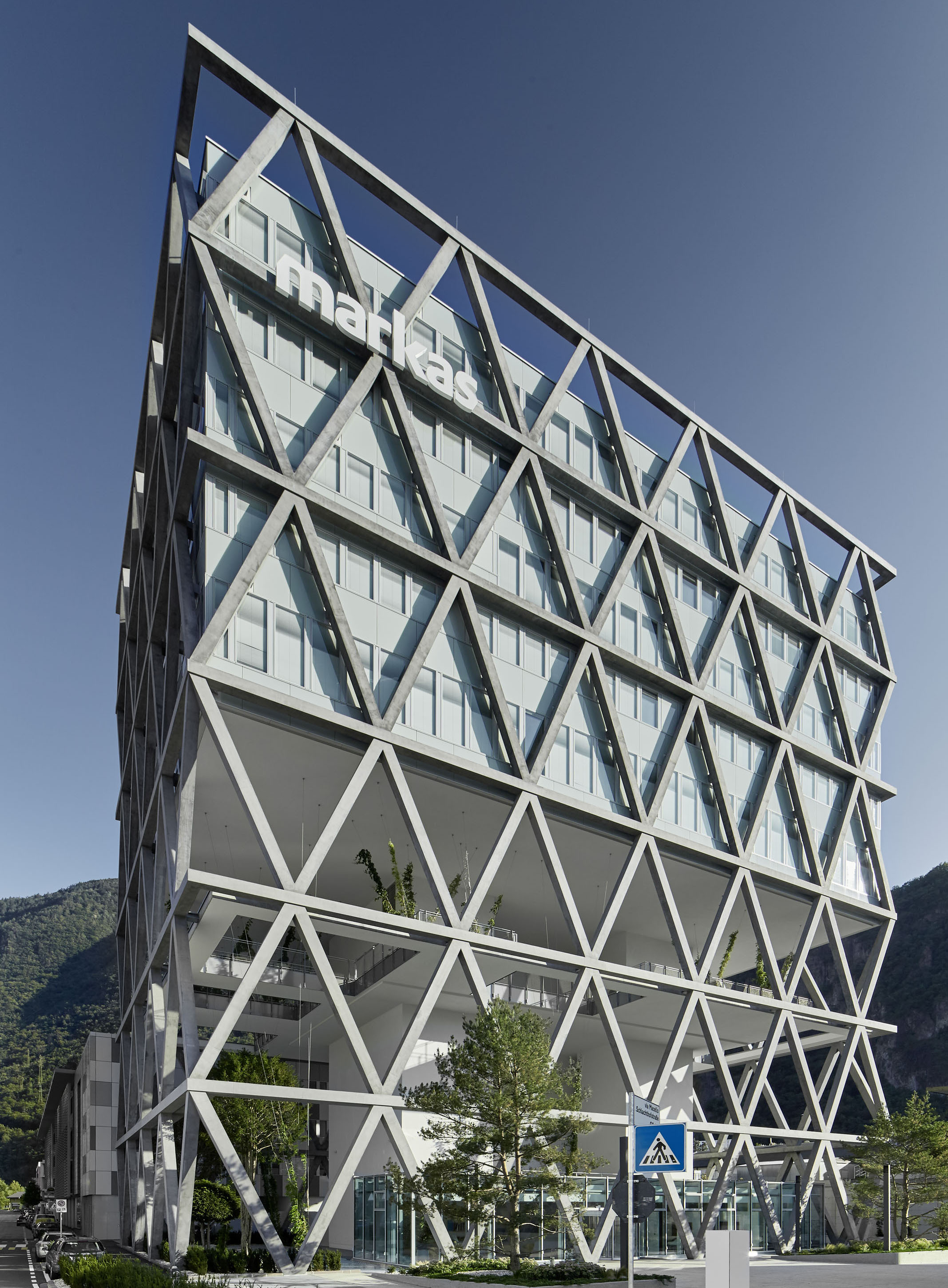 Open and bright – the ATP-designed Markas Headquarters in Bolzano. Photo: ATP/Jantscher