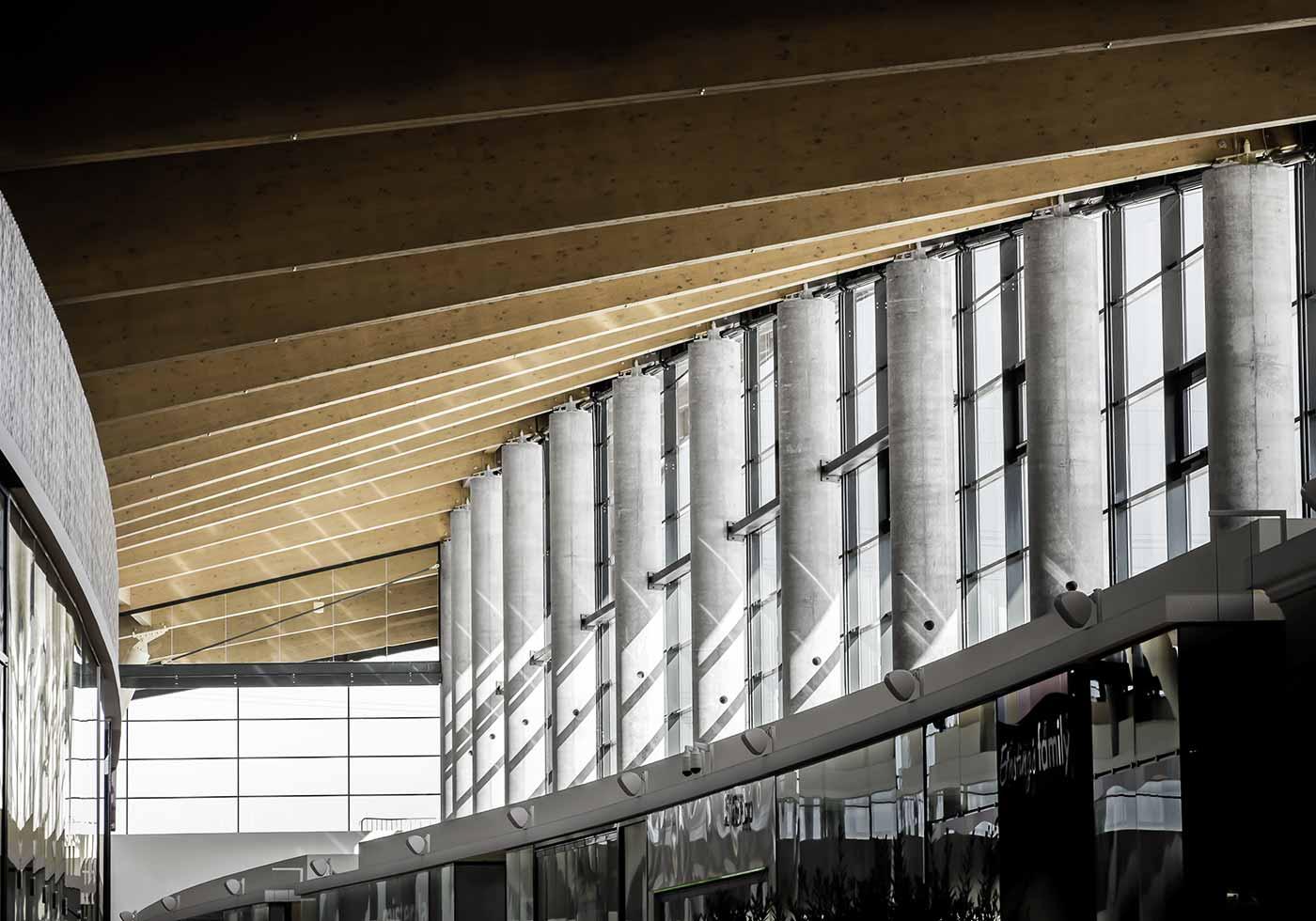"""""""Wood Structures"""" des G3 Shopping Resorts Gerasdorf"""