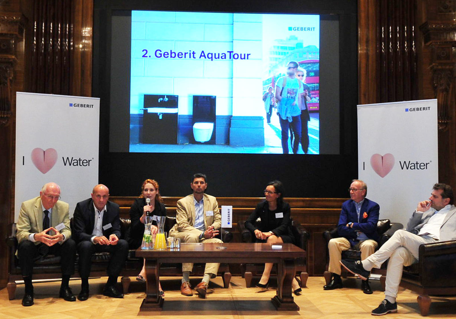 The expert round table of the 2nd Geberit AquaTour in Vienna's Park Hyatt Hotel. Photo: Geberit