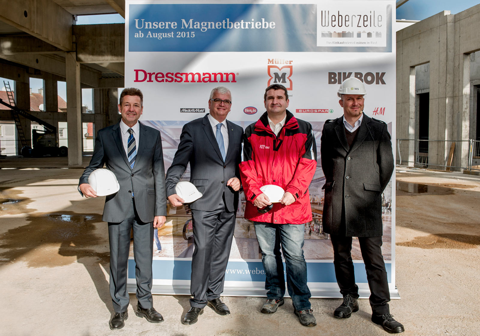 The Mayor of Ried Albert Ortig, SES CEO Marcus Wild, Construction Manager DI Thomas Rautenberg/ATP architects engineers, DI Otto Brandstätter MSc/SES Project Leader Development Weberzeile (from left) Photo: SES
