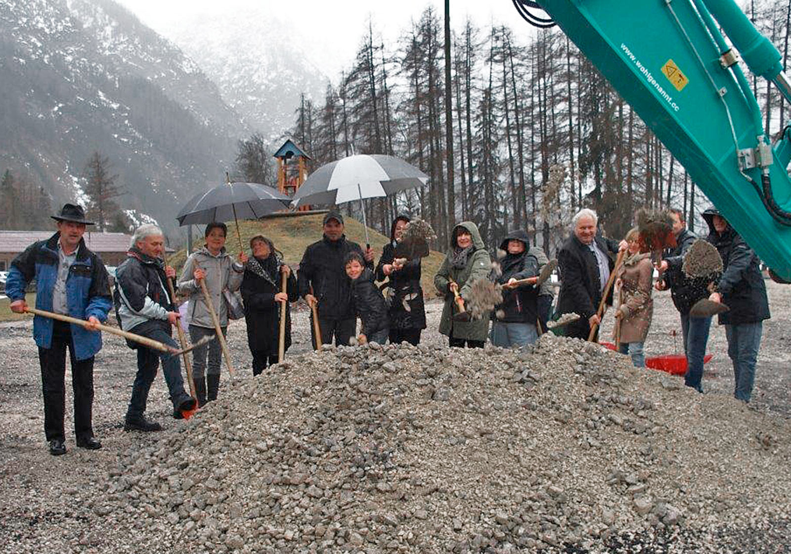 Groundbreaking ceremony for the new children's and educational center. Photo: ATP