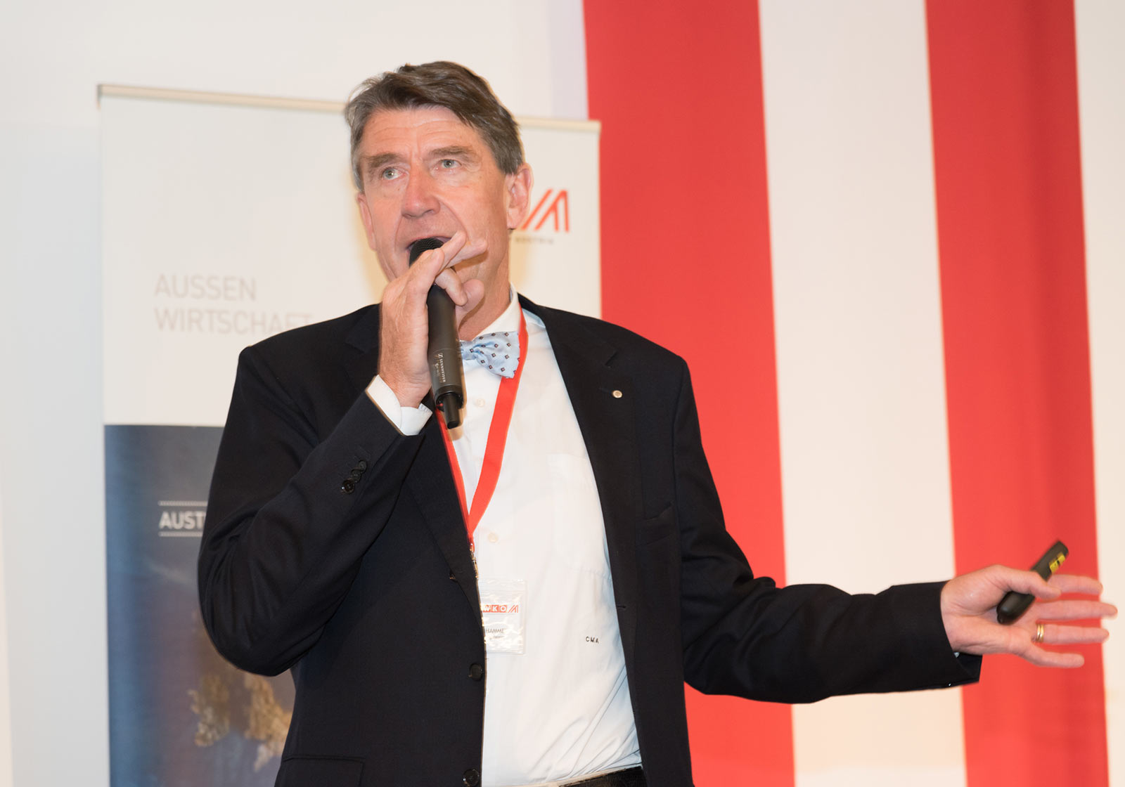 """ATP-CEO Christoph M. Achammer ging in seiner Key Note auf die unterschiedlichen Begriffsdefinitionen von """"Smartness"""" ein. Foto: ATP"""