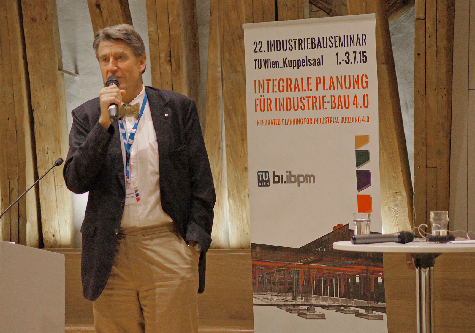 "Christoph M. Achammer welcomes international experts to the 22nd Industrial Building Seminar. The discussions were entitled ""Integrated Design for Industrial Building 4.0"". Photo: Projektass. Georgios Gourlis"