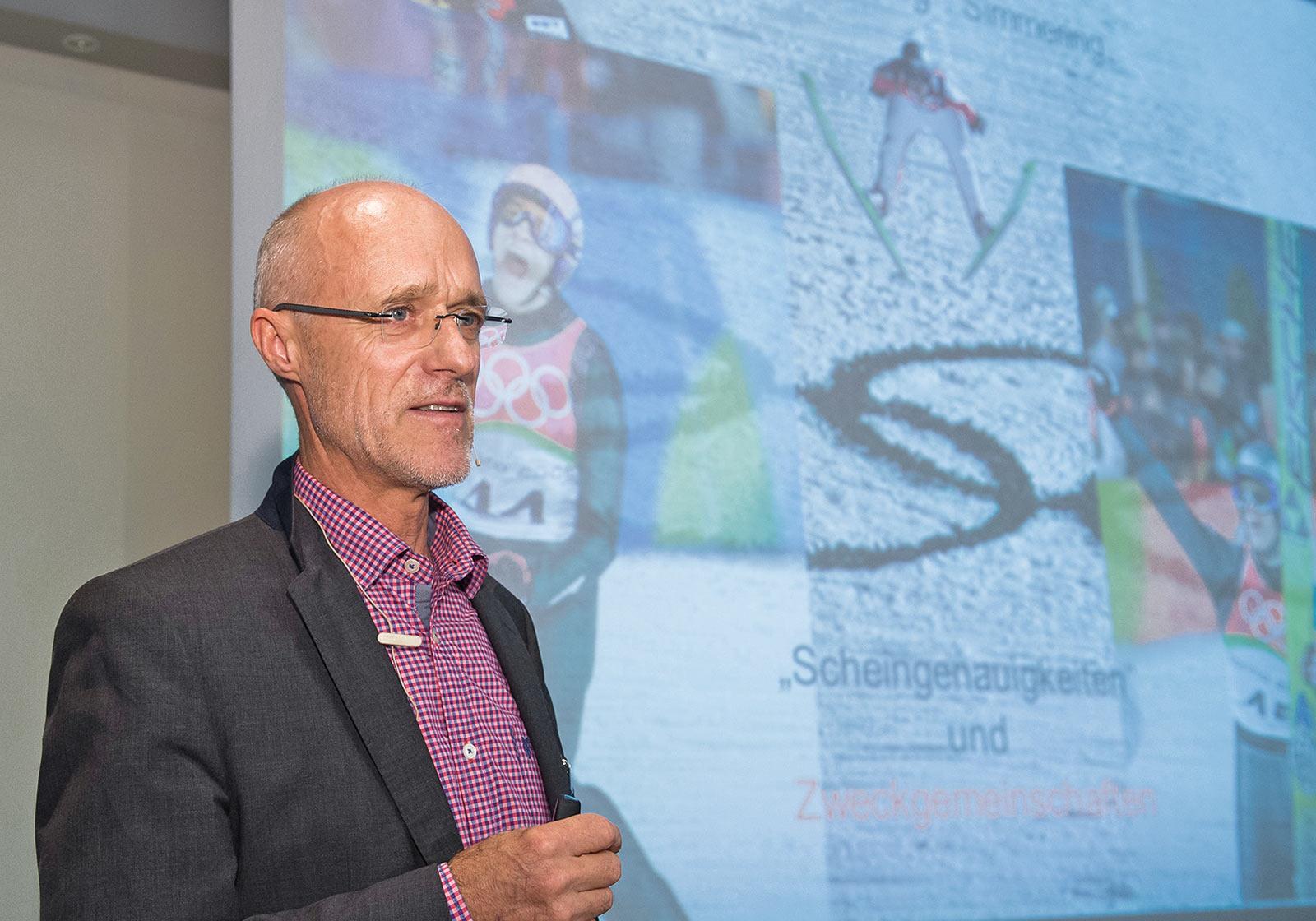 Der ehemalige österreichische Skispringer und Olympiasieger Toni Innauer über Parallelen zwischen Sport und Bauwirtschaft. Foto: Leo Hagen