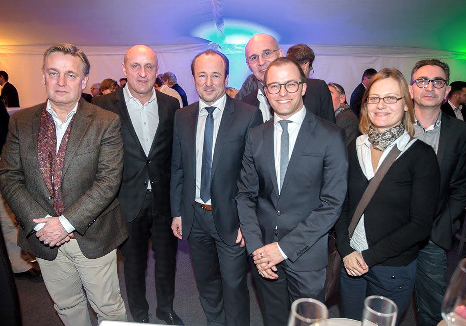 v.l.: Dario Travas (ATP), Horst Reiner (ATP), Herr Gappmayer (Bauherr), Heinz Lindner (ATP), Herr Pichler (Projektsteuerer), Birgit Reiterer (ATP). Foto:Martin Hörmandinger