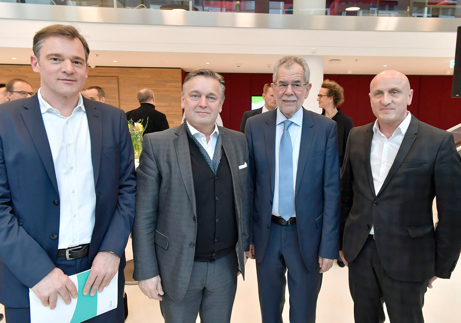 From left: Lead Project Manager Andreas Aichholzer, ATP Vienna, Head of Design Dario Travas, ATP Vienna, Federal President Alexander Van der Bellen, Managing Director Horst Reiner, ATP Vienna. Photo: IMP/Robert Herbst