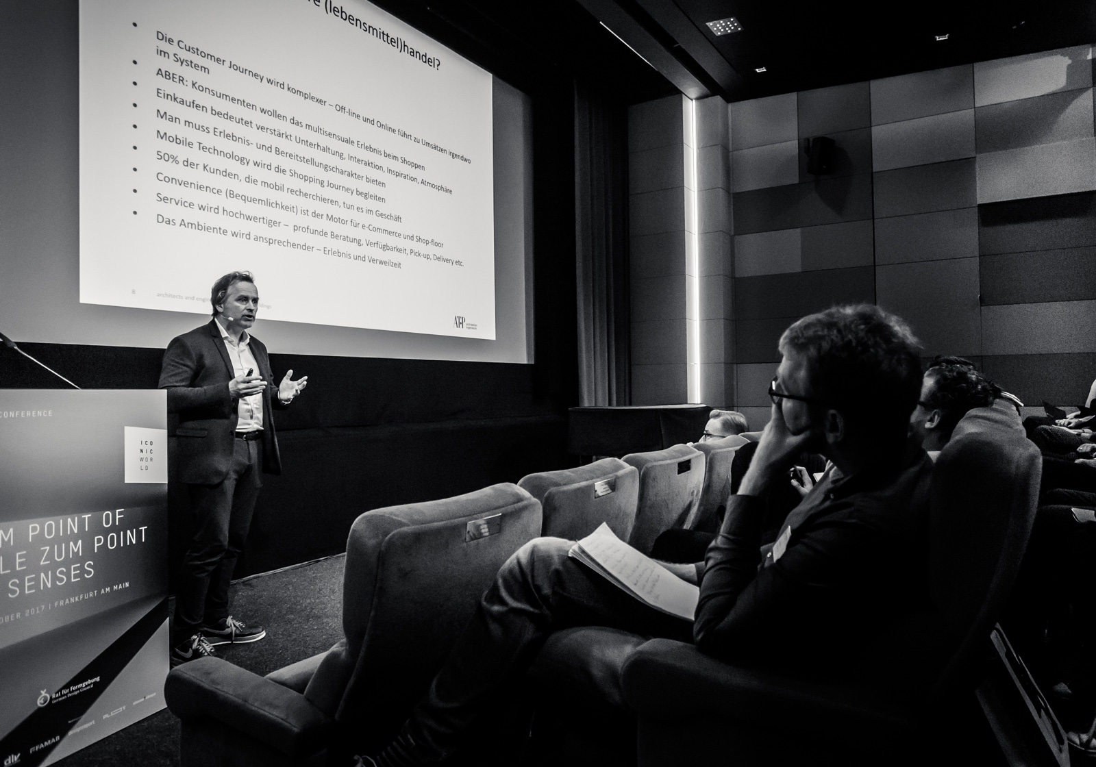 """The architect Ulf Bambach speaks on the subject of """"The Retail Space of the Future."""" Photo: Daniel Banner"""