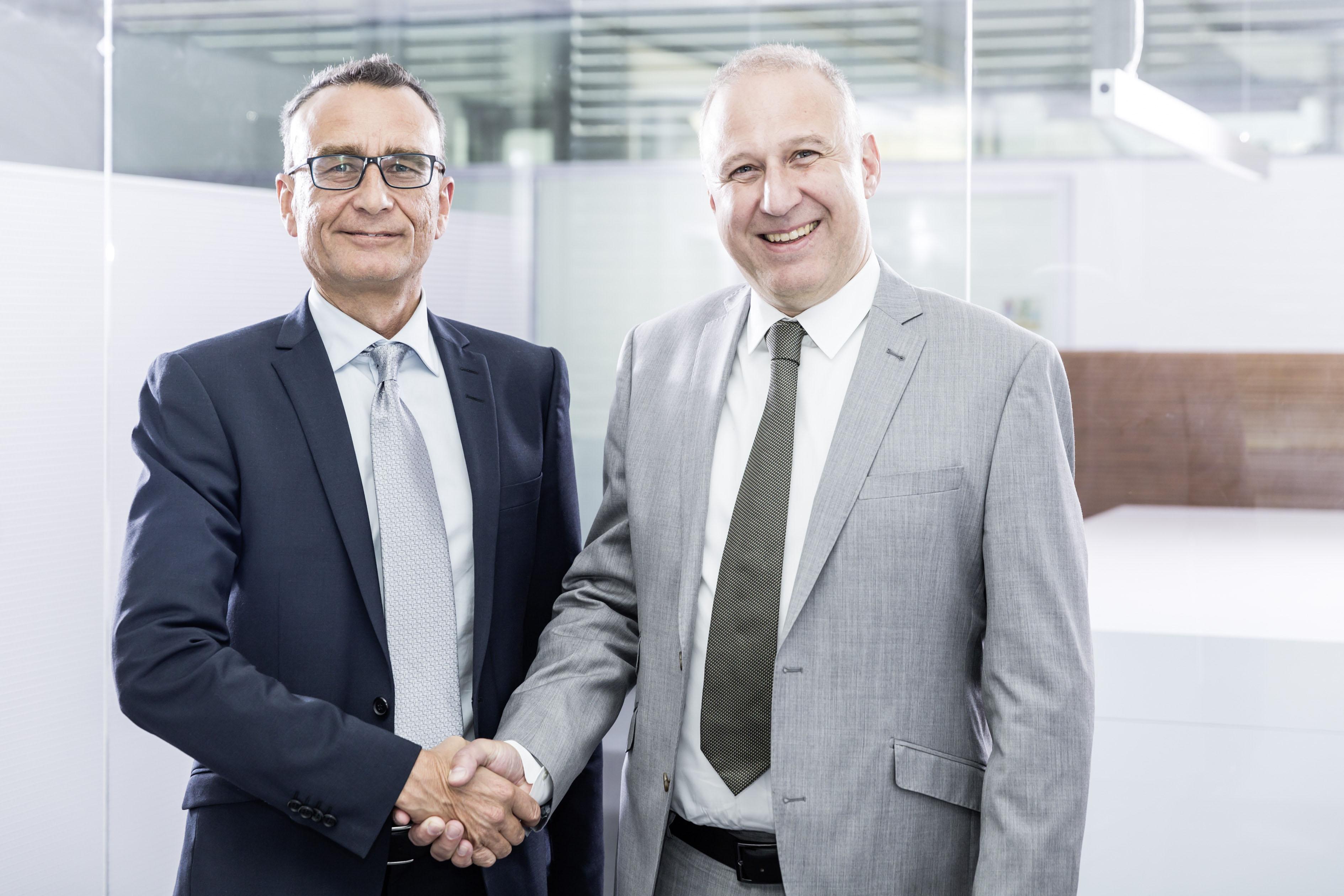 Andreas Rieser (l.) und Urs Klipfel (r.) leiten künftig den ATP-Standort in Nürnberg. Foto: ATP/Rauschmeir