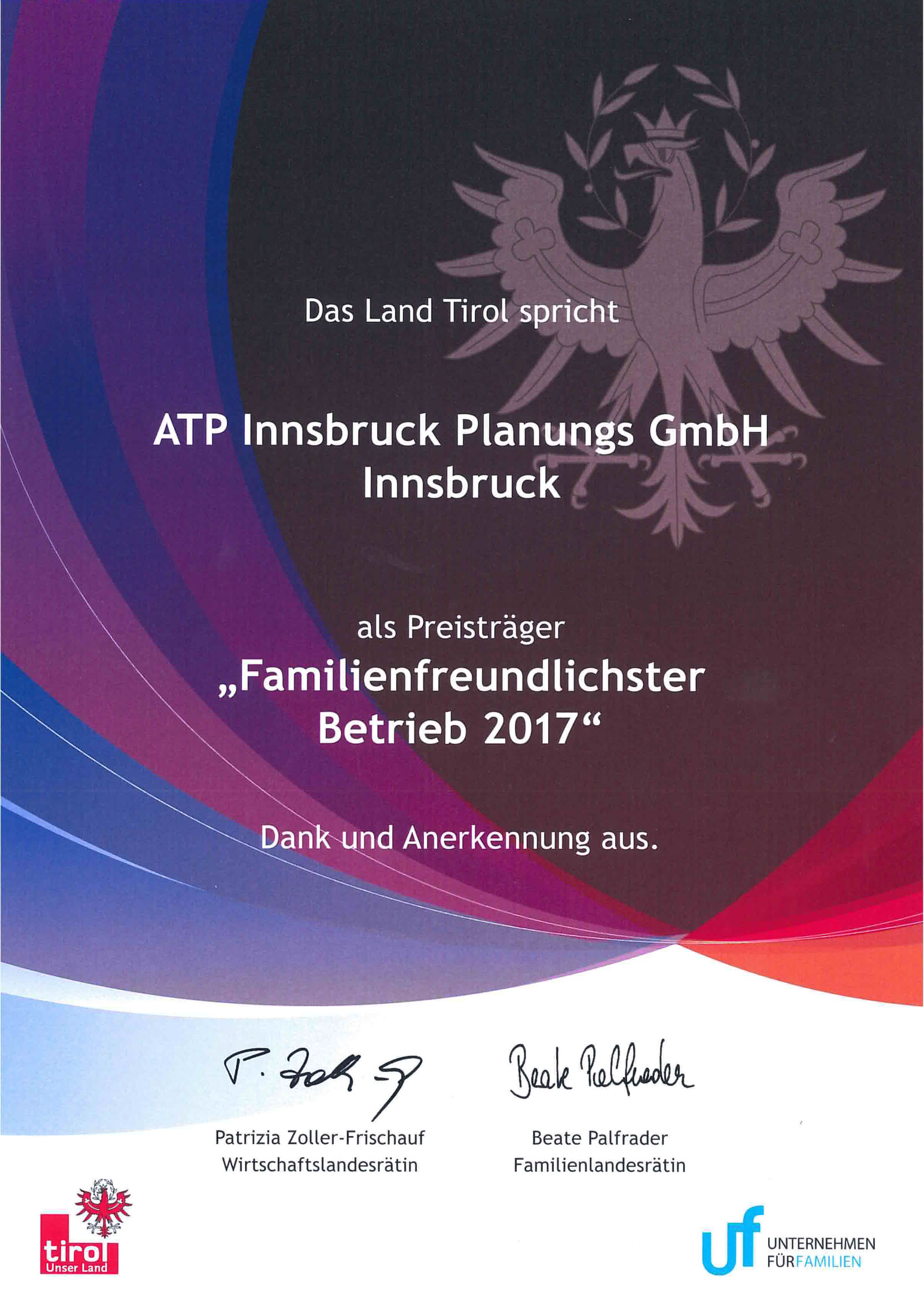 "Certificate for third place in the province-wide competition ""Tyrol's most family-friendly company 2017"" Photo: ATP Innsbruck"