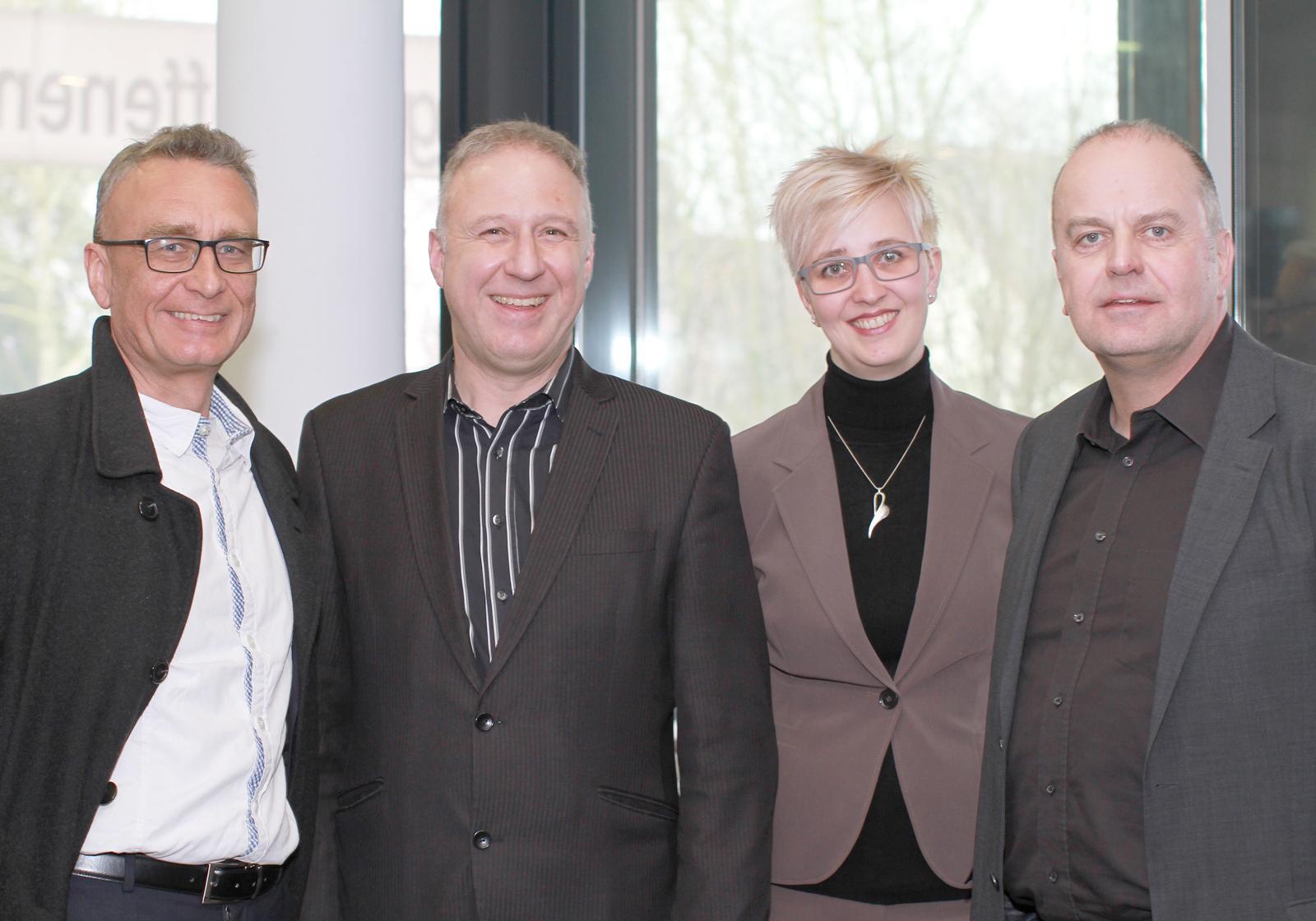 Andreas Rieser und Urs Klipfel, Geschäftsführung ATP HAID Nürnberg, mit Sabrina Mayr und Stefan Berger, Projektleiter. Foto: ATP/Wang